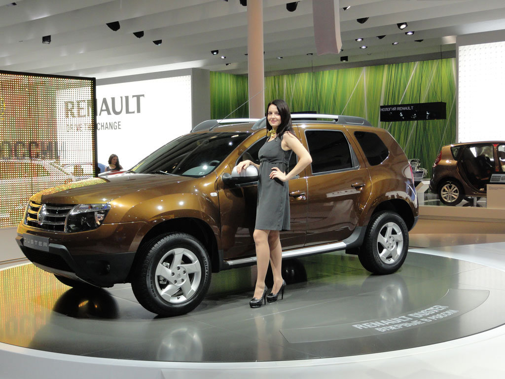 renault-duster-girls-photo-27