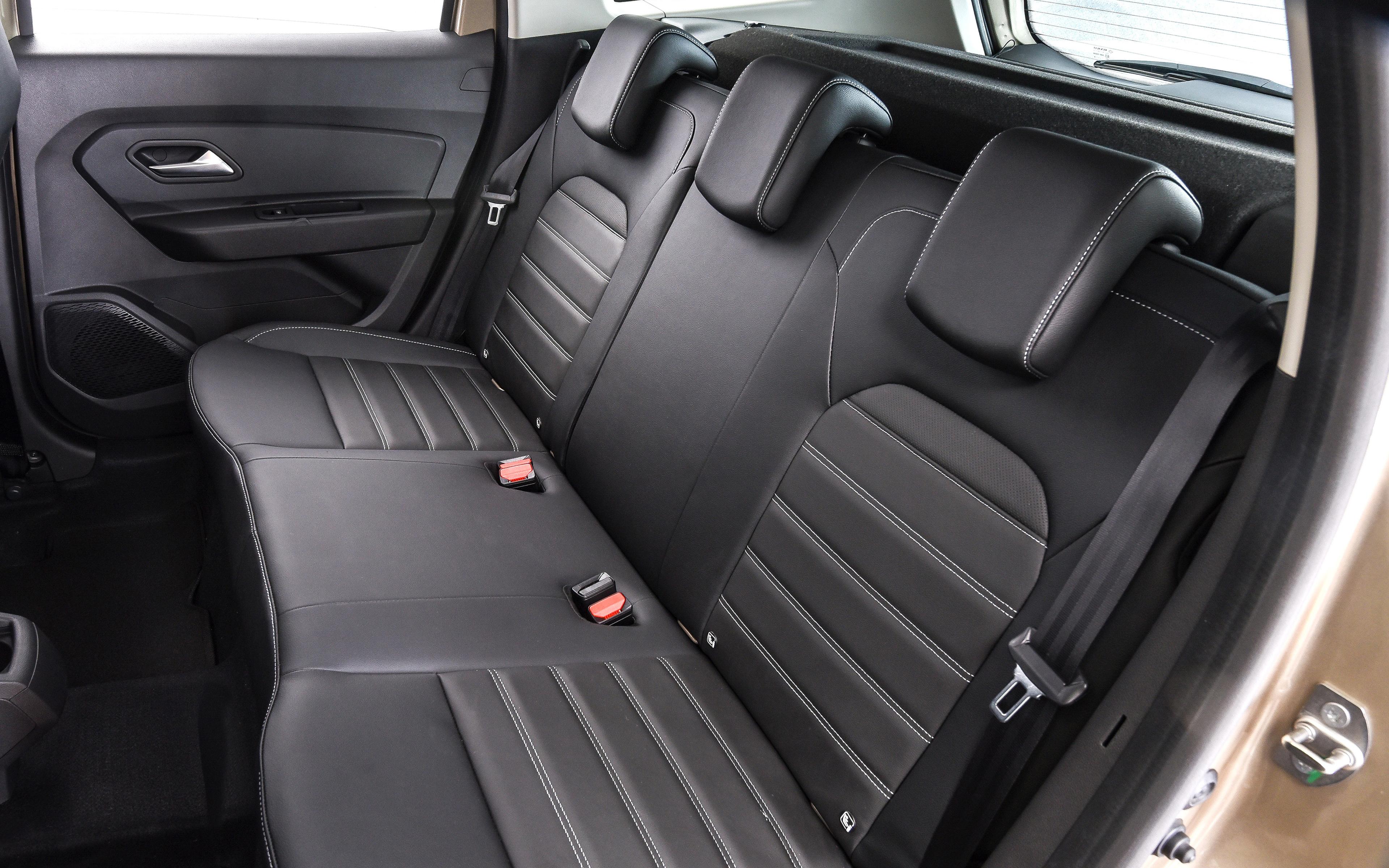 фото задних сидений