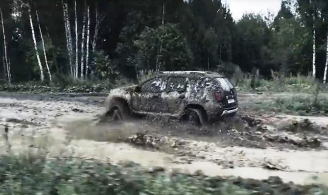 renault-duster-protiv-tanka-video-11