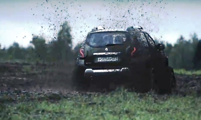 renault-duster-protiv-tanka-video-9