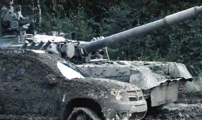 reno-daster-protiv-tanka-video-2