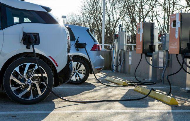 Заправка электромобилей на АЗС