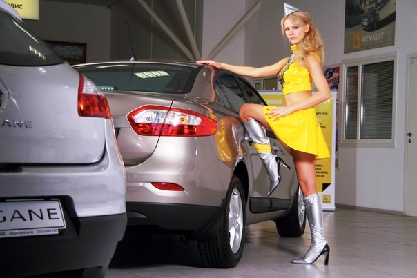 renault-duster-girls-photo-39